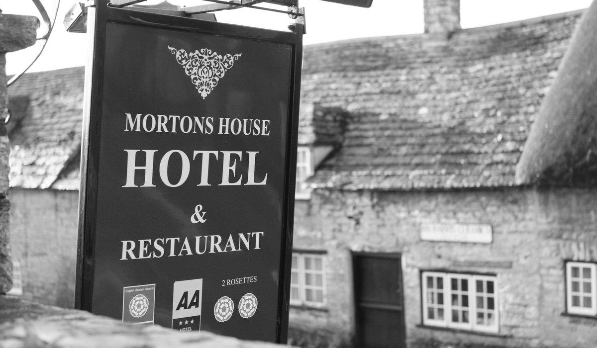 Mortons house weddings