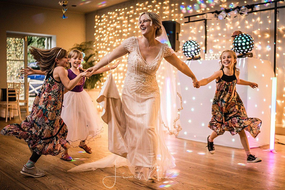 Mantara Bride dancing