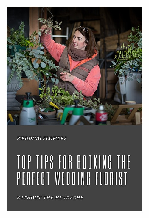 Booking your wedding florist