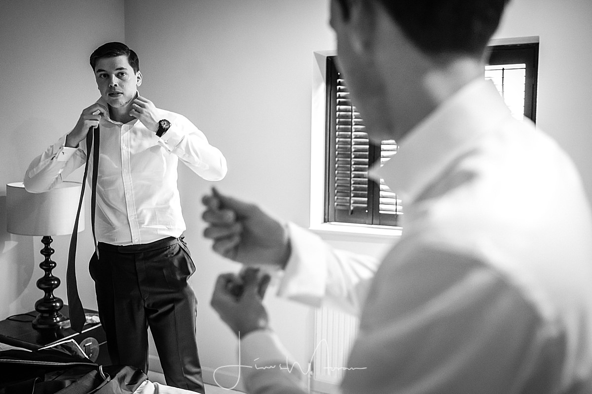 Groomsmen getting ready at Axnoller